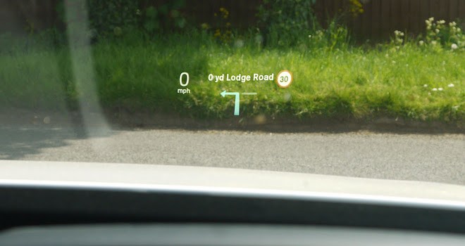 Volvo XC90 T8 head up display