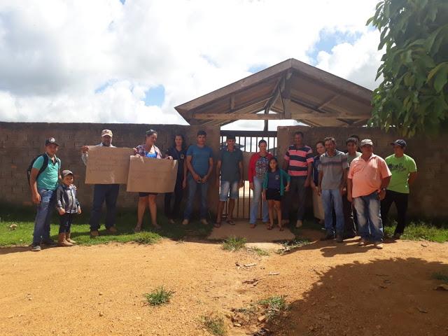 Falta de transporte escolar obriga pais a fechar por tempo indeterminado Escola do Distrito Marechal Rondon