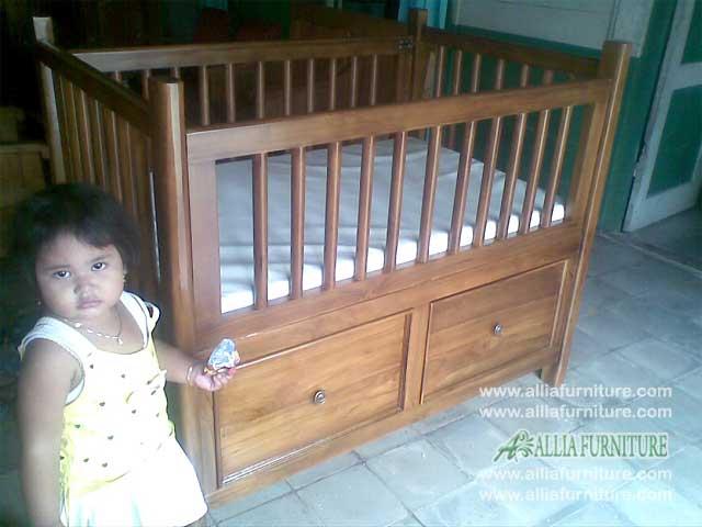 tempat tidur balita kayu jati model laci