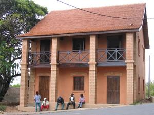 Introuvable sur google for Maison traditionnelle malgache