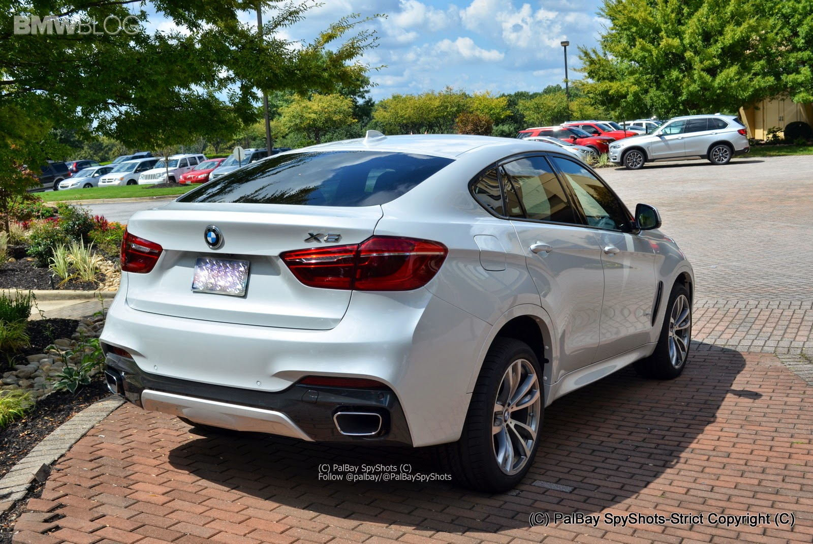 2015 bmw x6 with m sport package big motoring world. Black Bedroom Furniture Sets. Home Design Ideas
