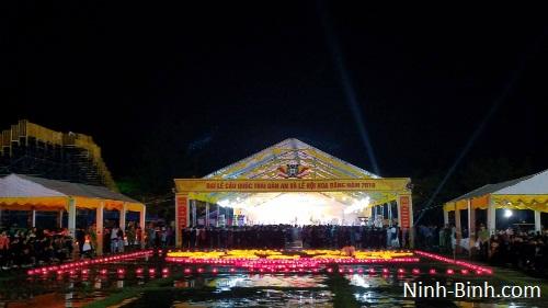 Lễ hội cầu siêu ấn tượng chỉ có ở cố đô Hoa Lư nhân chào mừng 1050 năm nước Đại Cồ Việt