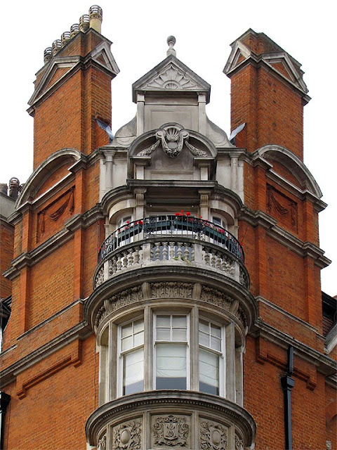 Audley Mansions, Mount Street, Mayfair, London
