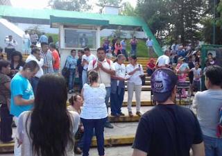 Maestros se manifiestan hoy en la SEV de Xalapa Veracruz