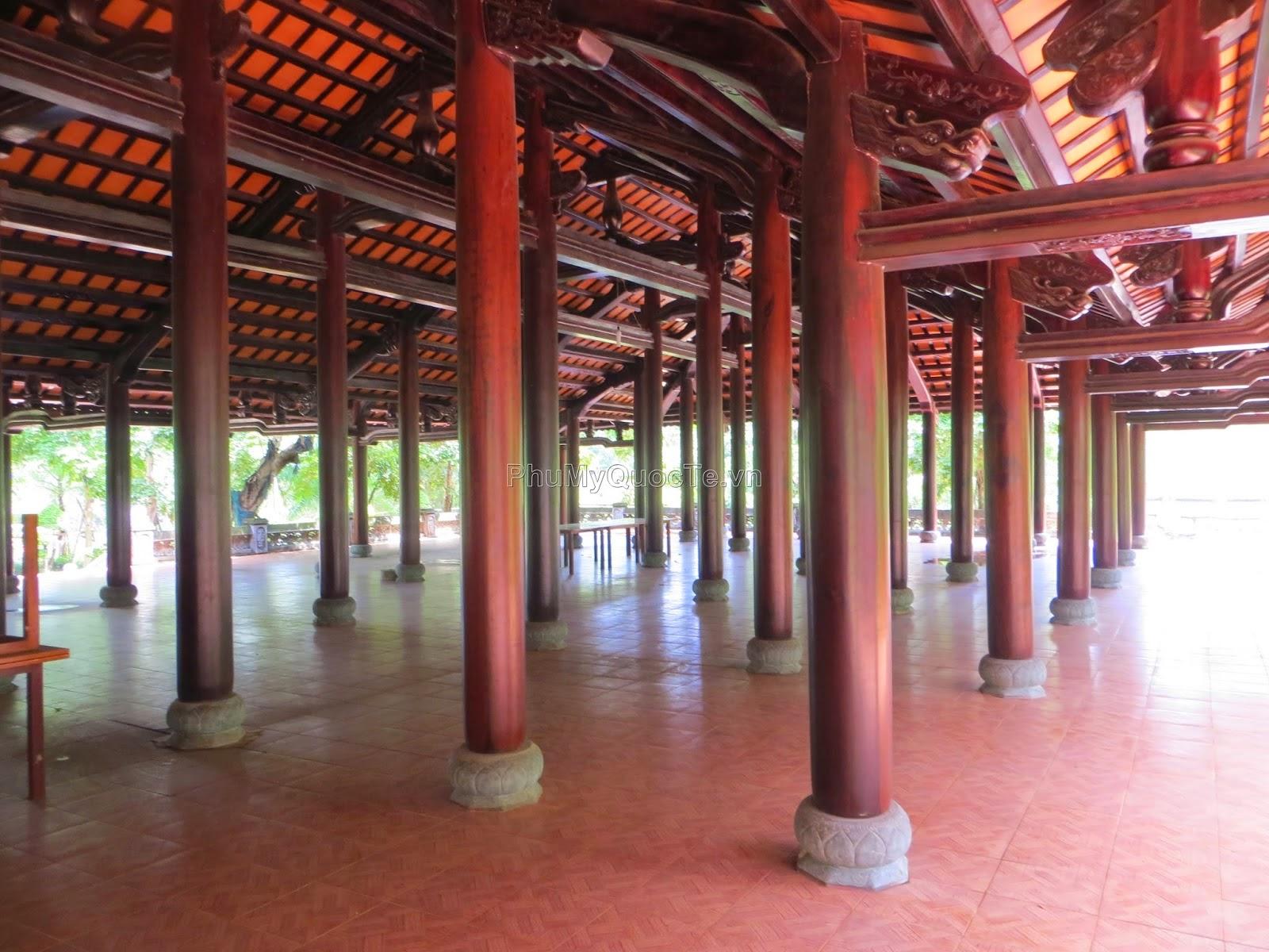 Nhà gỗ với sức chứa trên 1000 người