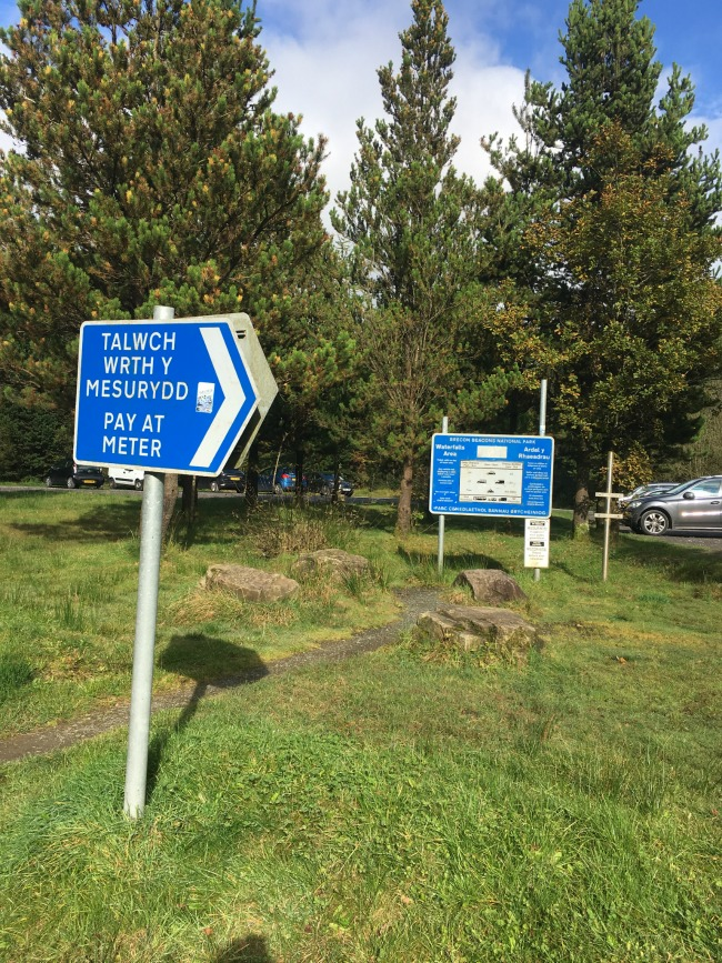 gwaun-hepste-car-park-and-sign-saying-pay-at-meter