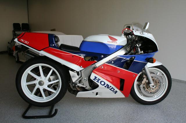 Honda RC30 HD Images