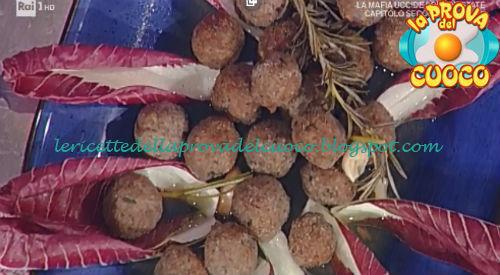 Prova del cuoco - Ingredienti e procedimento della ricetta Polpette alla cacciatora di Anna Moroni