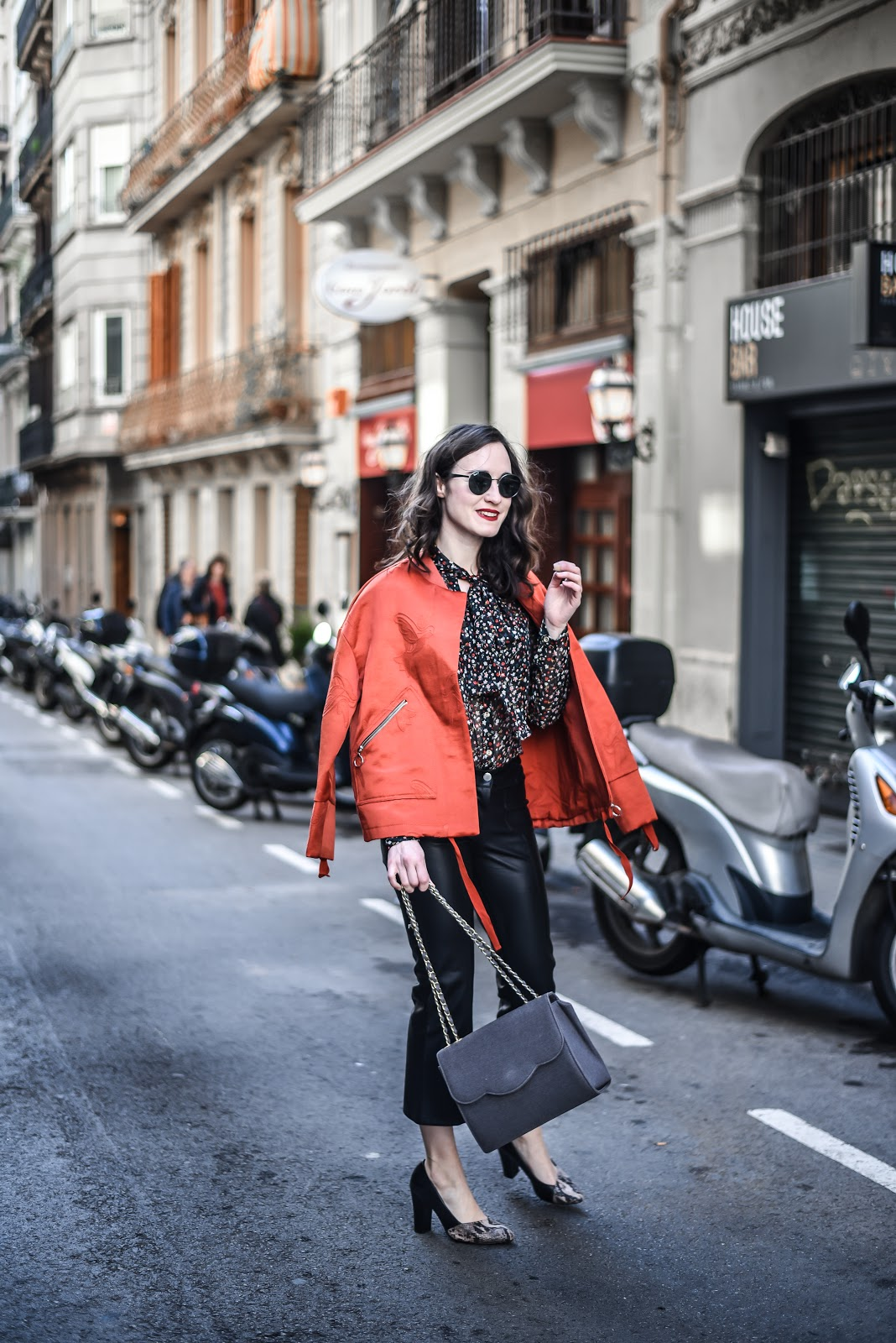 red_bomber_leather_pants_street_style