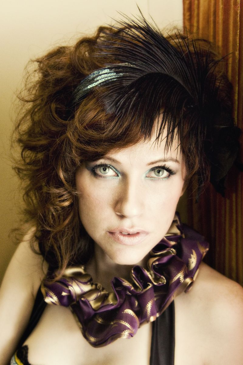 Short Hair Styles Cool Feathered Headband Hairstyle For Girls