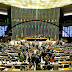 PEC quer redução do número de senadores e deputados