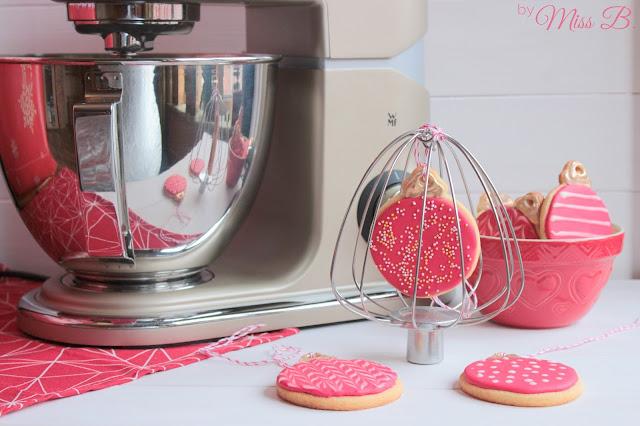 Kekse als Baumschmuck mit der WMF Profi Plus Küchenmaschine