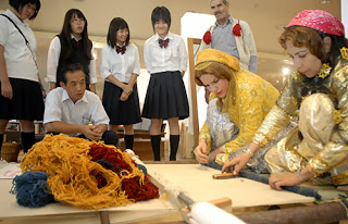 ギャッベ、遊牧民女性による織り実演
