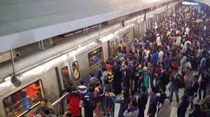 fire-in-delhi-metro