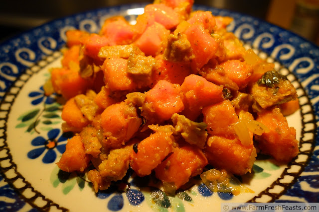 http://www.farmfreshfeasts.com/2013/01/mindless-sweet-potato-hash-introducing.html
