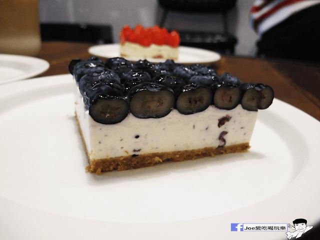 IMG 6242 - 【新竹美食】百分之二 咖啡 / 2/100 CAFE 一百種味道 二店,用餐環境可是寬廣,甜點也很精緻好吃!