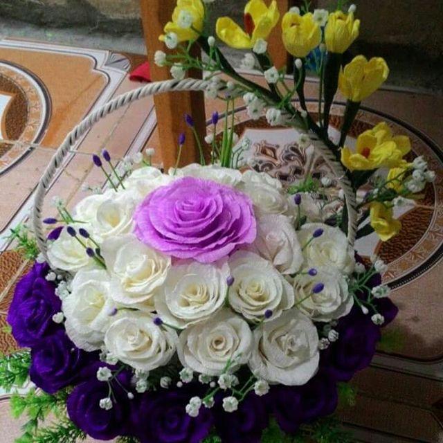Gio hoa hong trang giay nhun