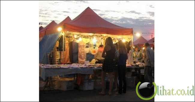 Pasar Malam Musim Panas Richmond, Kanada