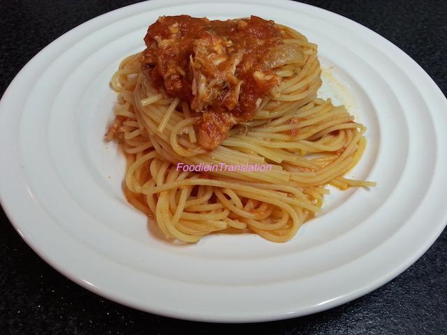 Spaghetti al sugo di salmone