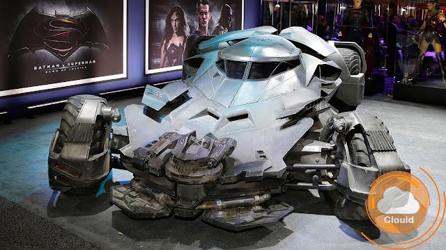 """Intip """"Batmobile di Batman V Superman"""" yang Berteknologikan Hibrida"""