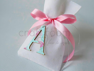 μπομπονιερα-βαπτιση-χειροποιητο-πουγκι-πουα-λουλουδι-κοριτσι-αρχικο-πριγκιπισσα-ροζ-βεραμαν-ξυλινη