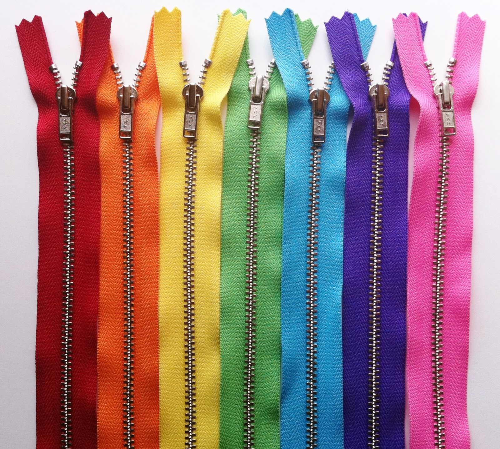 Zip It Zippers: New Metal Zippers!