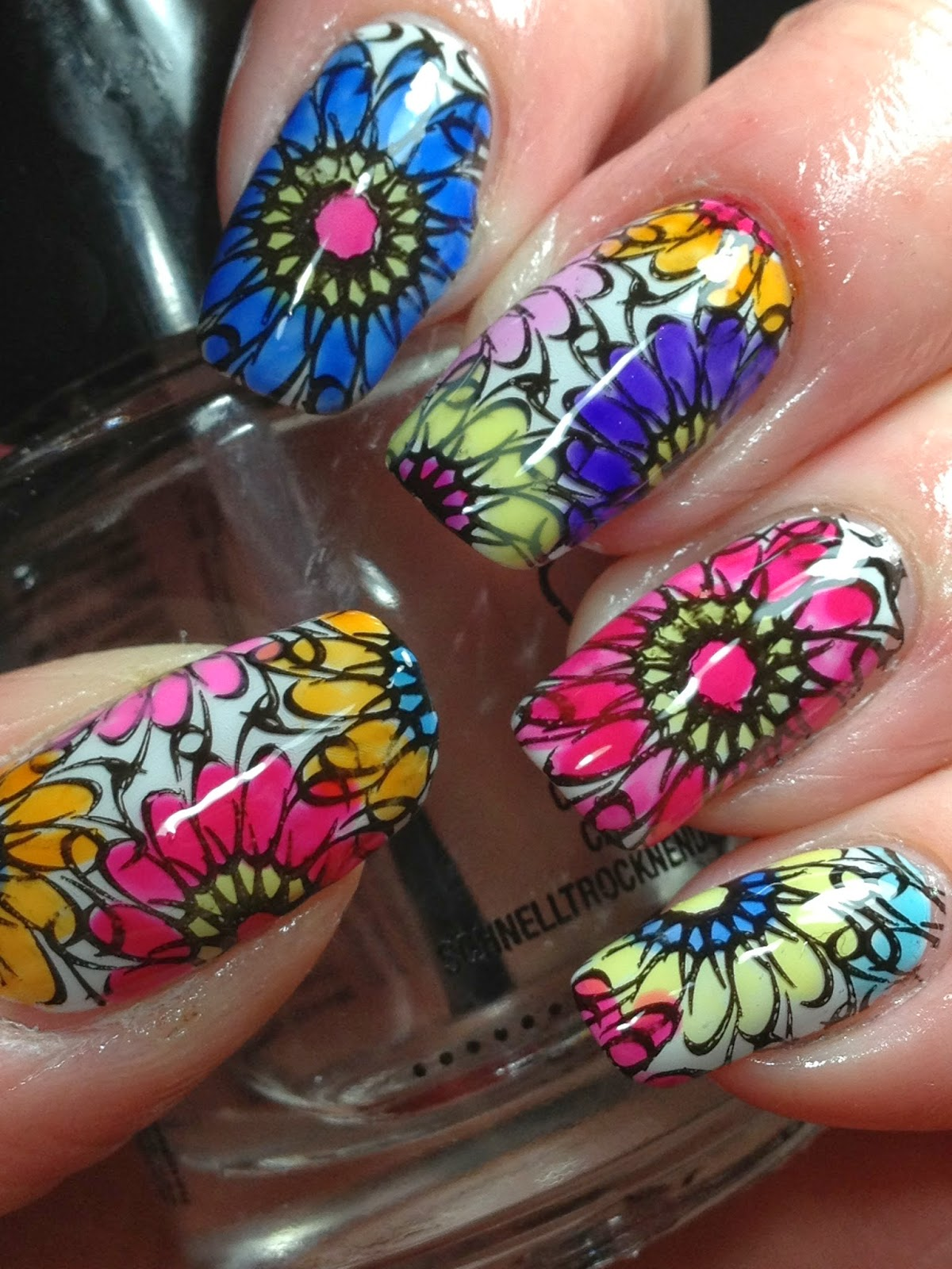 Canadian Nail Fanatic: Lead Light Stamping