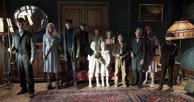 Eva Green e Asa Butterfiel no trailer de O Lar das Crianças Peculiares, de Tim Burton