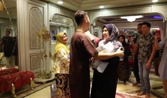 'Bagi Saya Tiada Wanita Sesempurna Awak Untuk Saya' - Datin Nur Shahida