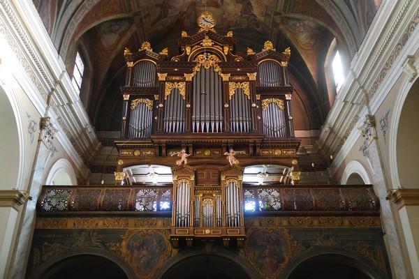ljubljana Prešernov trg église notre dame annonciation
