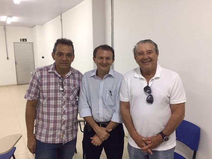 DESTAQUE SOCIAL: Empresário João Antônio Queiroz prestigia inauguração do Mix Mateus em Timon