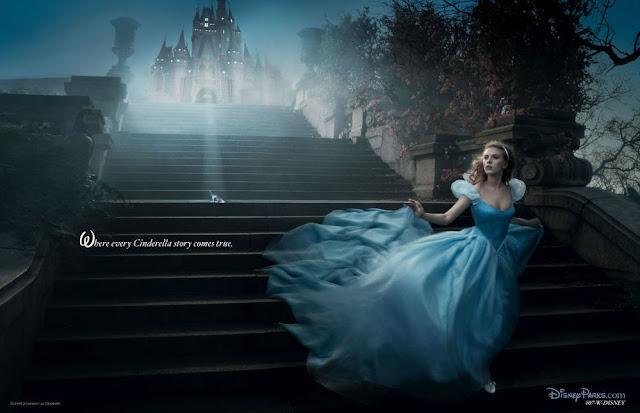A atriz Scarlett Johansson (também conhecida como a Viúva Negra da Marvel) é Cinderela.
