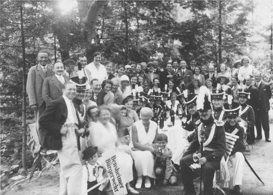 Die Bensheimer Bürgerwehr in Lindenfels 1931, Nachlass Joseph Stoll, Bild: Album Oald Bensem 0046, eingescannt Stoll-Berberich 2015