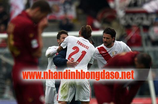 Carpi vs Bari www.nhandinhbongdaso.net