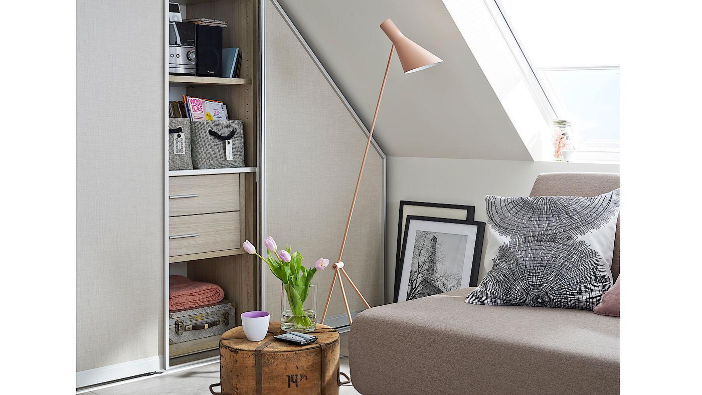 meine amerikanischen wandschr nke und die deutsche. Black Bedroom Furniture Sets. Home Design Ideas