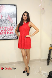 Actress Swetha Jadhav Pictures at Anoos Franchise Salon and Clinic Launch  0123.JPG