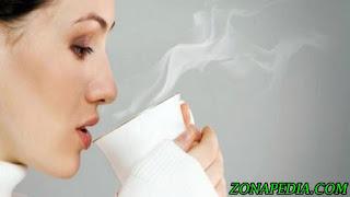 9 Manfaat Minum Air Hangat di Pagi Hari