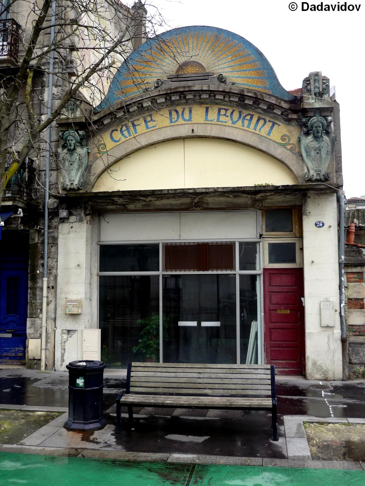 Le Cafe Du Levant   Rue Charles Domercq  Bordeaux