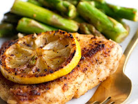 SIMPLE LEMON CHICKEN WITH ASPARAGUS