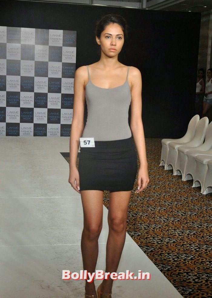 Models Audition for LFW Winter/Festive 2014, Indian Female Models in Shorts Walk Ramp - Photo gallery