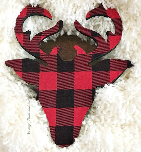Vintage, Paint and more... decoupaged deer head with buffalo plaid flannel for a DIY Farmhouse Christmas Wreath