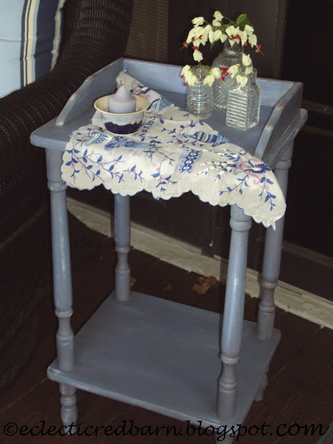 Eclectic Red Barn: Painted and Decorated Laminate Side Table