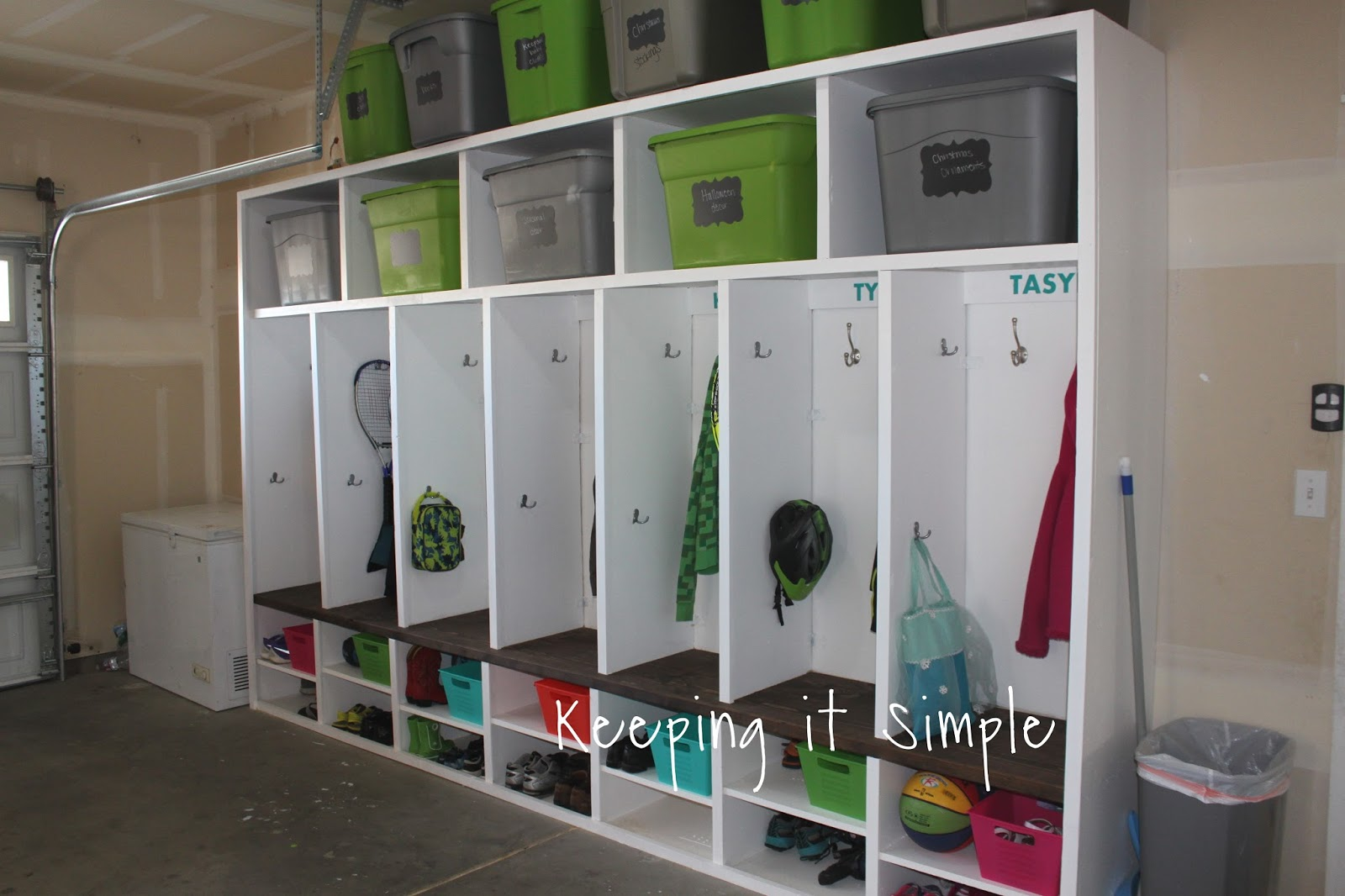 Keeping it simple diy garage mudroom lockers with lots of for Garage mudroom