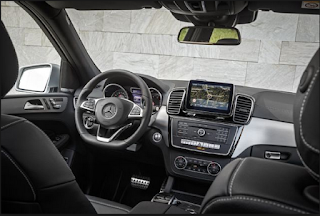 2017 Mercedes-Benz GLE 550e Interior