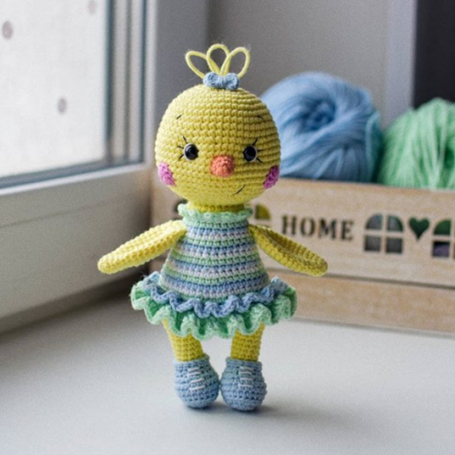 Crochet Chick Amigurumi - Free Pattern