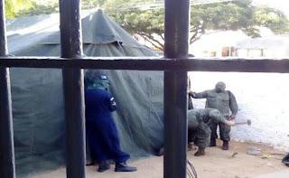 Fuzileiros Navais realizam buscas na cadeia pública de Natal
