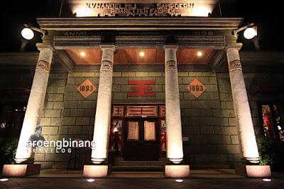 house of sampoerna salah satu tempat wisata sejarah yang terkenal di surabaya