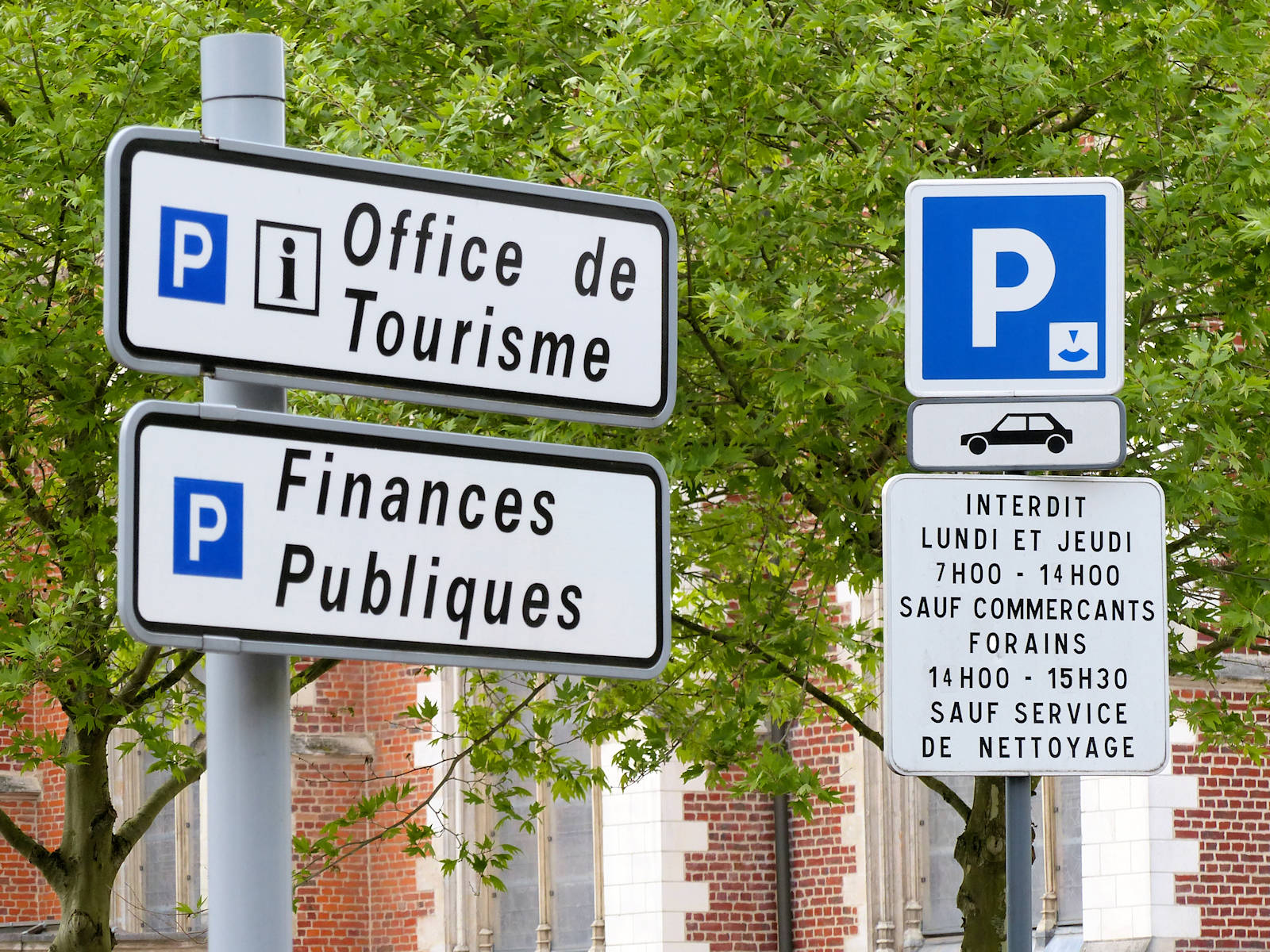 Parking Tourcoing - Place de la Résistance, centre ville.
