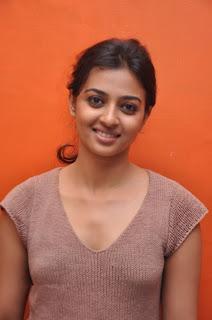 Radhika Apte Cute Stills  11.jpg