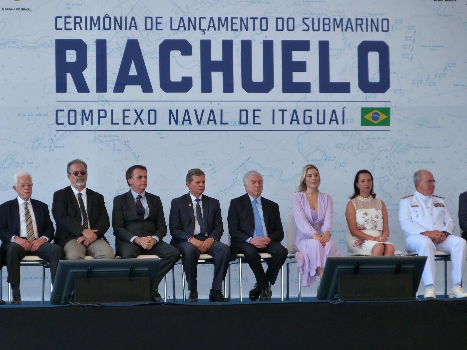 2f25ccc661376 Realmente uma cerimônia grandiosa, reunindo o Presidente em exercício,  Michel Temer e a Primeira-dama ...